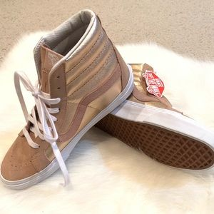 Rare🤩NWT Vans rose gold suede high tops Women 9